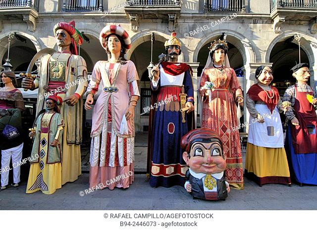 February 12. Giants. Celebration of saint Eulalia martyr. 290-303 AD. Canonized 633 AD. Copatron of Barcelona. Plaça Reial. Ciutat vella district