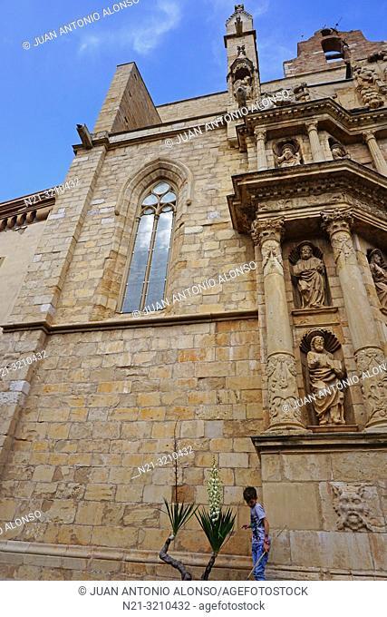 Partial vew of Santa Maria la Major Church. Montblanc, Tarragona, Catalonia, Spain, Europe