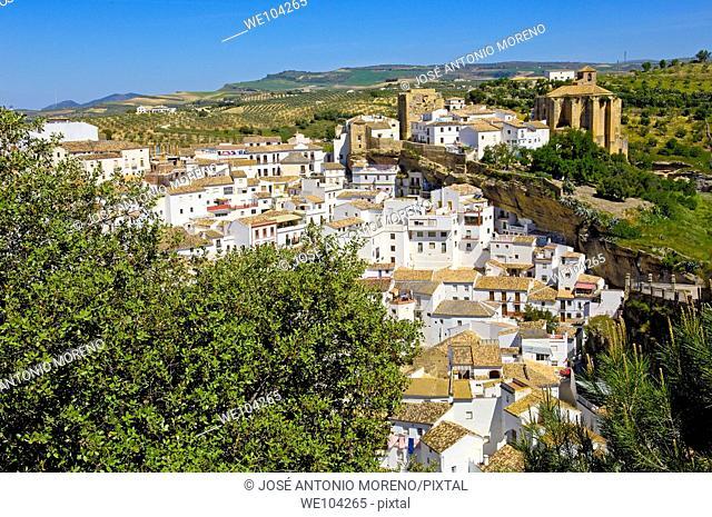 Setenil de las Bodegas, 'Pueblos Blancos' (white towns), Cadiz province, Andalusia, Spain