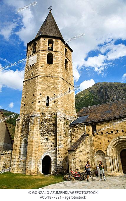 Sant Andreu Church  Salardu  Naut Aran  Aran Valley  Pyrenees  Lerida  Lleida  Catalunya  Spain