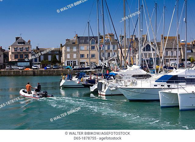 France, Normandy Region, Manche Department, Saint Vaast la Hougue, view of town and port