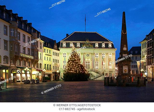Germany, Bonn, Rhine, Rhineland, North Rhine-Westphalia, market place, Old Town Hall, rococo, built by architect of the imperial court Michel Leveilly, memorial