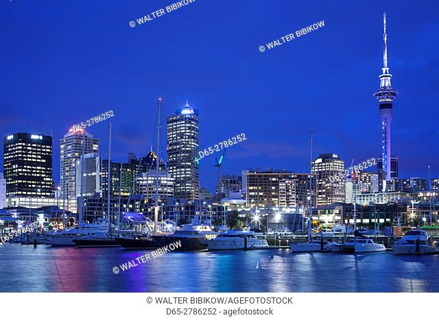 New Zealand, North Island, Auckland, Viaduct Harbour, dusk