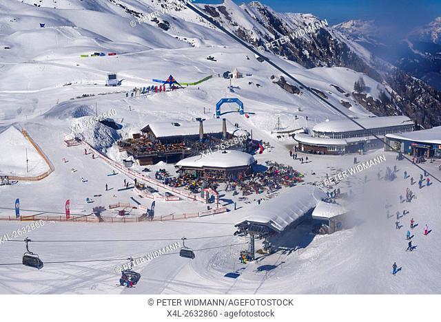 Ski area,The Glacier, Kitzsteinhorn, Salzburg, Austria, Pinzgau