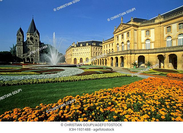 flower bed in front of the Opera-Theater, Comedy square on Petit Saulcy island, Metz, Moselle department, Lorraine region, France, Europe
