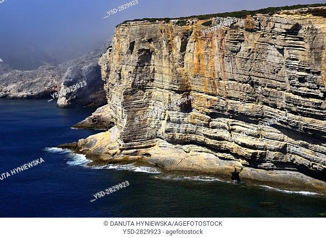 Atlantic Ocean shore, monumental cliffs near Cape St. Vincent - Cabo de São Vicente, Costa Vicentina - Vicentine Coast, Sagres, Vila do Bispo, Algarve, Portugal