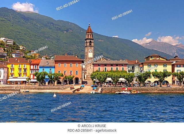 Church Santi Pietro e Paolo, lakeside promenade, Lago Maggiore, Ascona, Locarno, Ticino, Switzerland