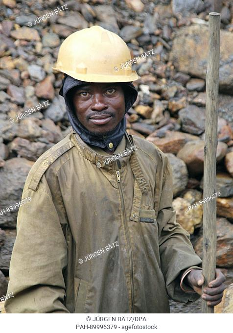 A miner in the Zola Zola mine in Bukavu, Congo, 1 December 2016. The Congo has large deposits of minerals used in the manufacture of electrical goods