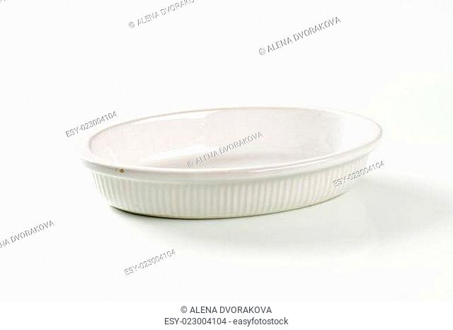 Deep oval porcelain baker