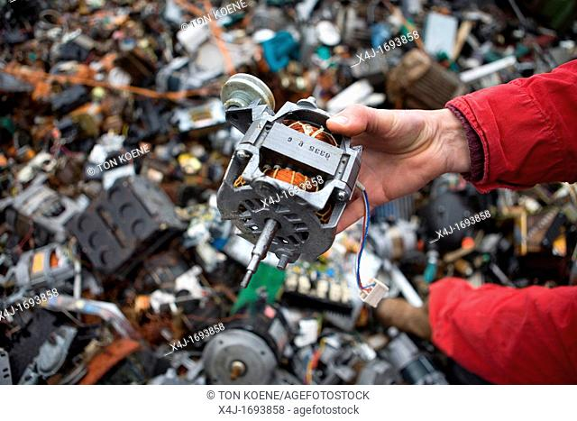 Recycling of electro-engines All municipalities in The Netherlands are required to provide known collection points for recyclable and/or hazardous materials All...