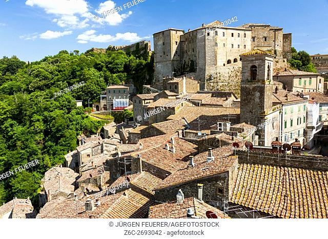 Sorano, view with fort, town of the Middle Ages, province Grosseto in Tuscany, buildings of tuff stone, Tuscany, Italy