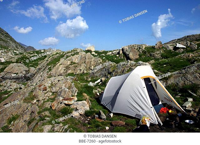 camping at high altitude in the pyrenees
