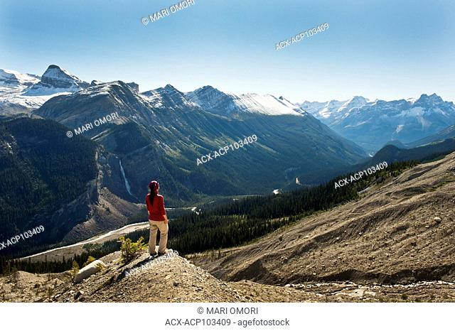 A hiker takes in the view from the Iceline trail. Model release signed