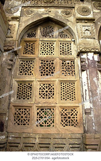 Carved door. Jami Masjid or Mosque. Champaner Pavagadh Archaeological Park. UNESCO World Heritage Site. Panchmahal, Gujarat. India