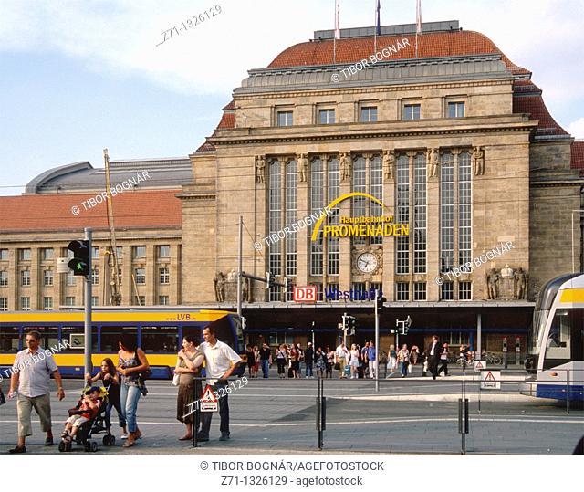 Germany, Saxony, Leipzig, Hauptbahnhof Promenaden