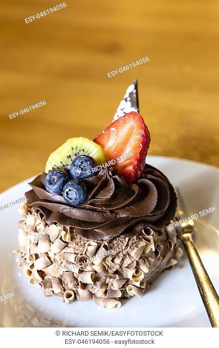 chocolate fruit dessert