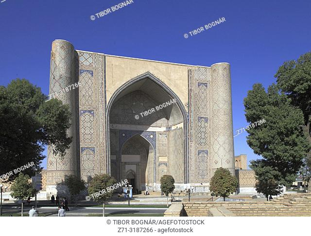 Uzbekistan, Samarkand, Bibi-Khanym Mosque,