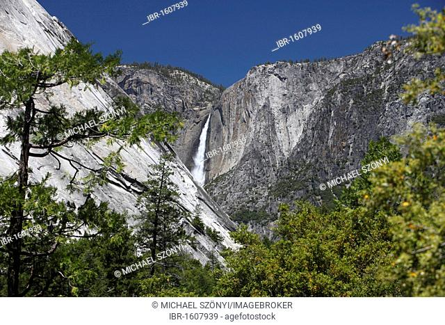 Yosemite Falls seen from the John Muir Trail, Yosemite National Park, California, USA