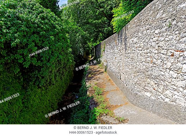 Europe, Italy, Veneto Veneto, Bardolino, via Madonnina, footpath to the lake, canal, Prongo Tu Valsorda, trees, plants, canals, ways, waters, wall, tourism