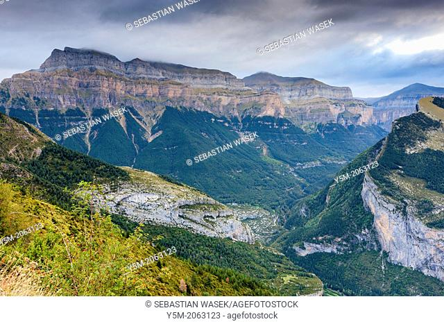 View over Valle de Broto towards Pena Mondaruego, Parque Nacional de Ordesa y Monte Perdido, Pyrenees, Huesca province, Aragon, Spain, Europe
