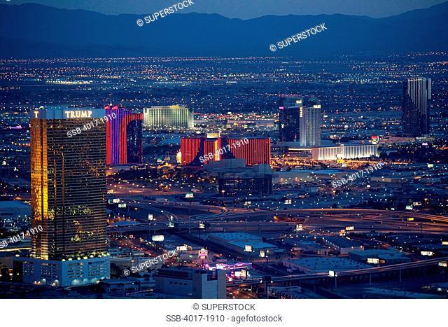 Night photo of Casino complexes off the Las Vegas Strip