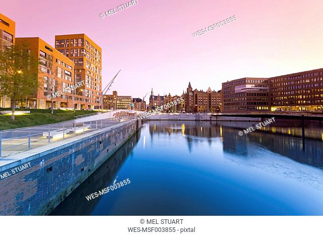 Germany, Hamburg, Hafencity, Brooktorhafen and Speicherstadt