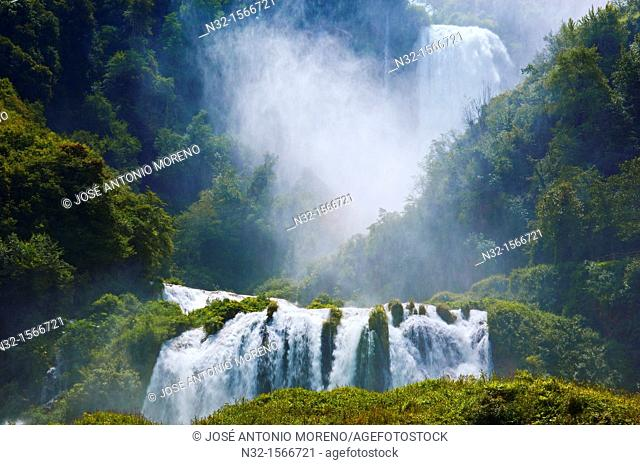 Marmore waterfalls, Cascata delle Marmore (Marmore's Falls), Valnerina, Terni, Umbria, Italy, Europe