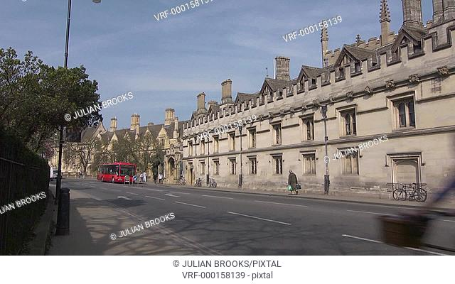 Oxford High Street with buses and traffic