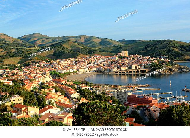 The city of Banyuls sur mer, Côte Vermeille, Pyrennees orientales, Languedoc Roussillon, France