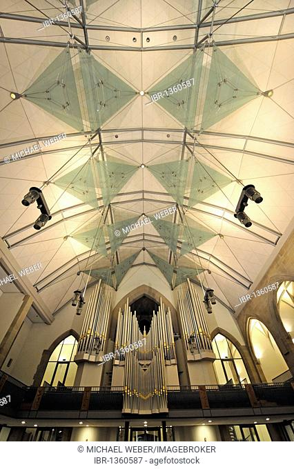New roof construction and new Muehleisenorgel orgab, interior of the Stiftskirche collegiate church, landmark and oldest Protestant church in Stuttgart