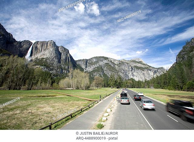 Scenic image of traffic and the park loop running through Yosemite National Park, CA