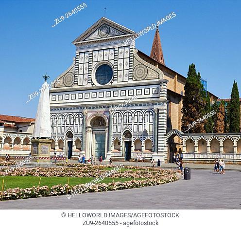 Facade of 14th century Basilica Di Santa Maria Novella, Piazza Di Santa Maria Novella, Florence, Tuscany, Italy, Europe