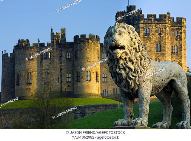 England, Northumberland, Alnwick  Alnwick castle viewed from Lion Bridge, the castle is one of the finest medieval castles to be found in England  Often...