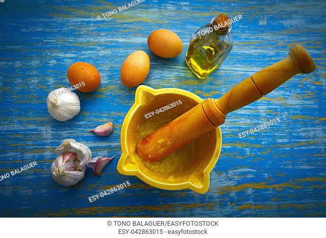 ajoaceite garlic and oil mediterramenan sauce with egg yolk