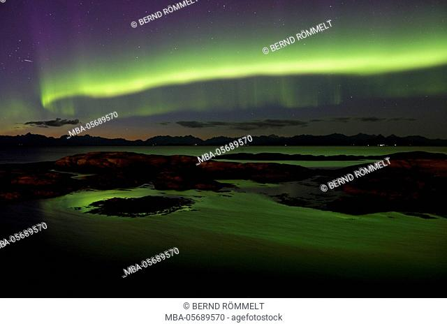 Europe, Norway, Nordnorwegen, province northern country, local authority district Hamaroy, island Tranoy, aurora borealis, Aurora Borealis about the Vestfjord