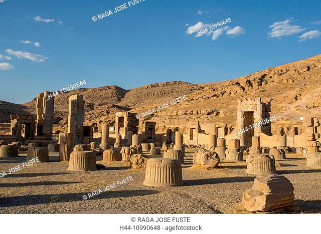 Iran, Persepolis City, Palace of 100 columns