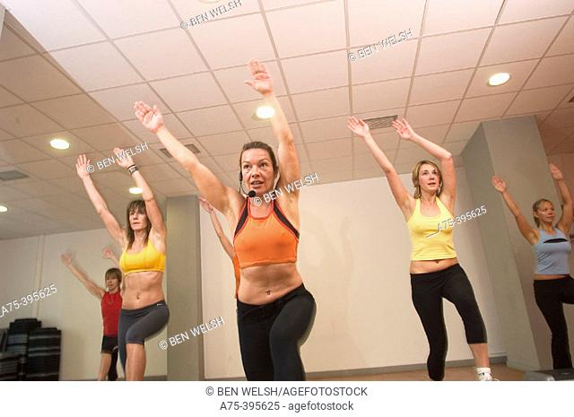 Women doing exercise at the gym