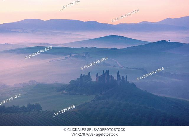 Europe,Italy,Tuscany,Firenze district,Orcia valley at sunrise,