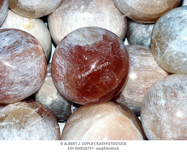 Alabaster sphere
