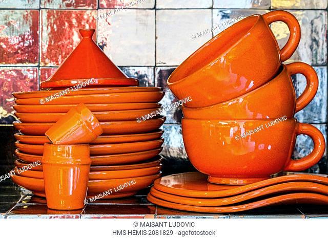 Morocco, High Atlas, Marrakech, imperial city, Sidi Ghanem, ceramic shop in the Fenyadi brand founded in 2009