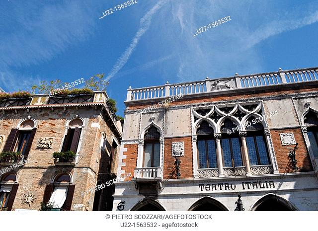 Venezia (Italy): house in Venetian style and the Teatro Italia, in Campiello dell'Anconeta