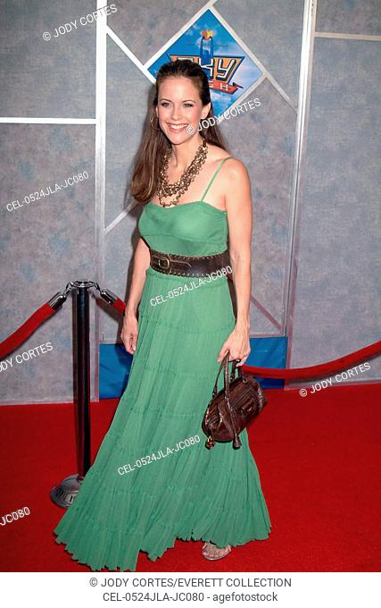 Kelly Preston at arrivals for SKY HIGH Premiere, El Capitan Theatre, Los Angeles, CA, July 24, 2005. Photo by: Jody Cortes/Everett Collection