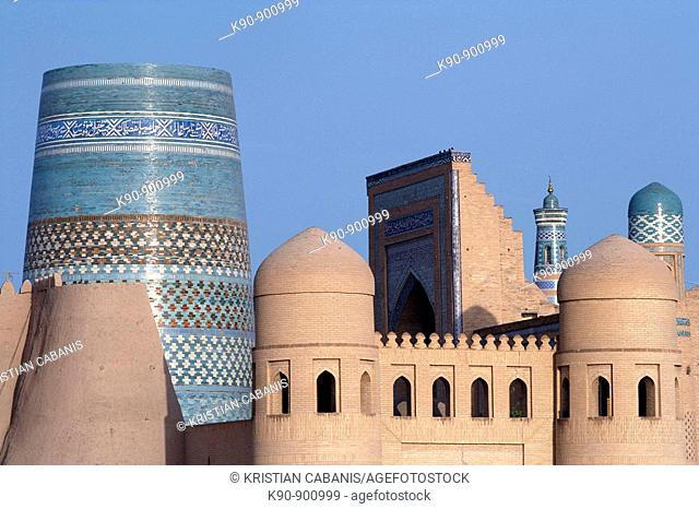 City view of Khiva with the with the West Gate in the foreground, Uzbekistan, Central Asia