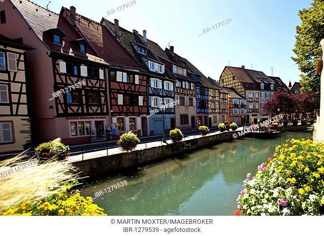 Quai de la Poissonnerie, historic centre, Colmar, Alsace, France, Europe