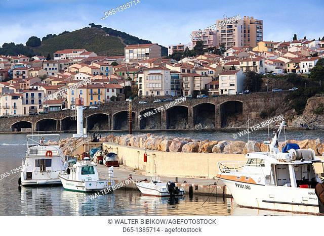 France, Languedoc-Roussillon, Pyrennes-Orientales Department, Vermillion Coast Area, Banyuls-sur-Mer, harbor