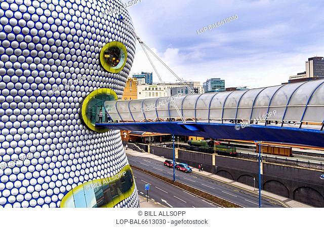 England, West Midlands, Birmingham. Walkway to Selfridges building in Birmingham
