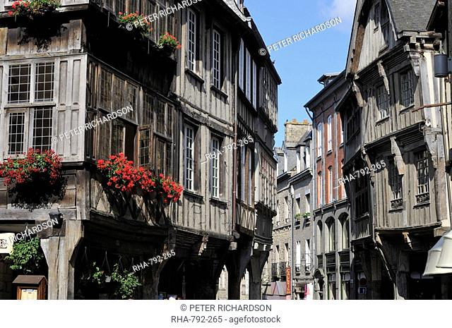 Street of half timbered houses, Dinan, Cotes d'Armor, Brittany, France, Europe
