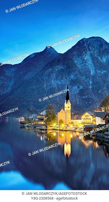 Hallstatt on the Hallstatter lake, Austria