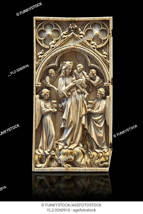 Medieval Gothic ivory diptych depicting the Virgin and child, made in Paris in the first quarter of the 14th century. inv 11097, The Louvre Museum, Paris