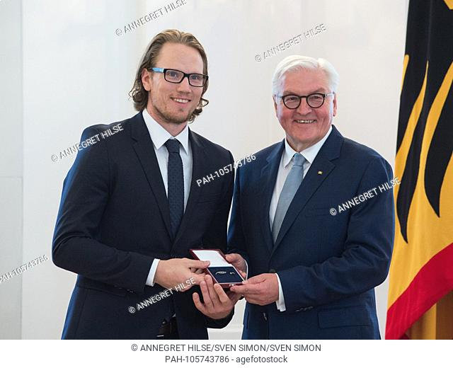 German President Frank-Walter STEINMEIER honors hockey player Christian EHRHOFF (Krefeld). Awarded the Silver Laurel Leaf and the Order of Merit by the Federal...